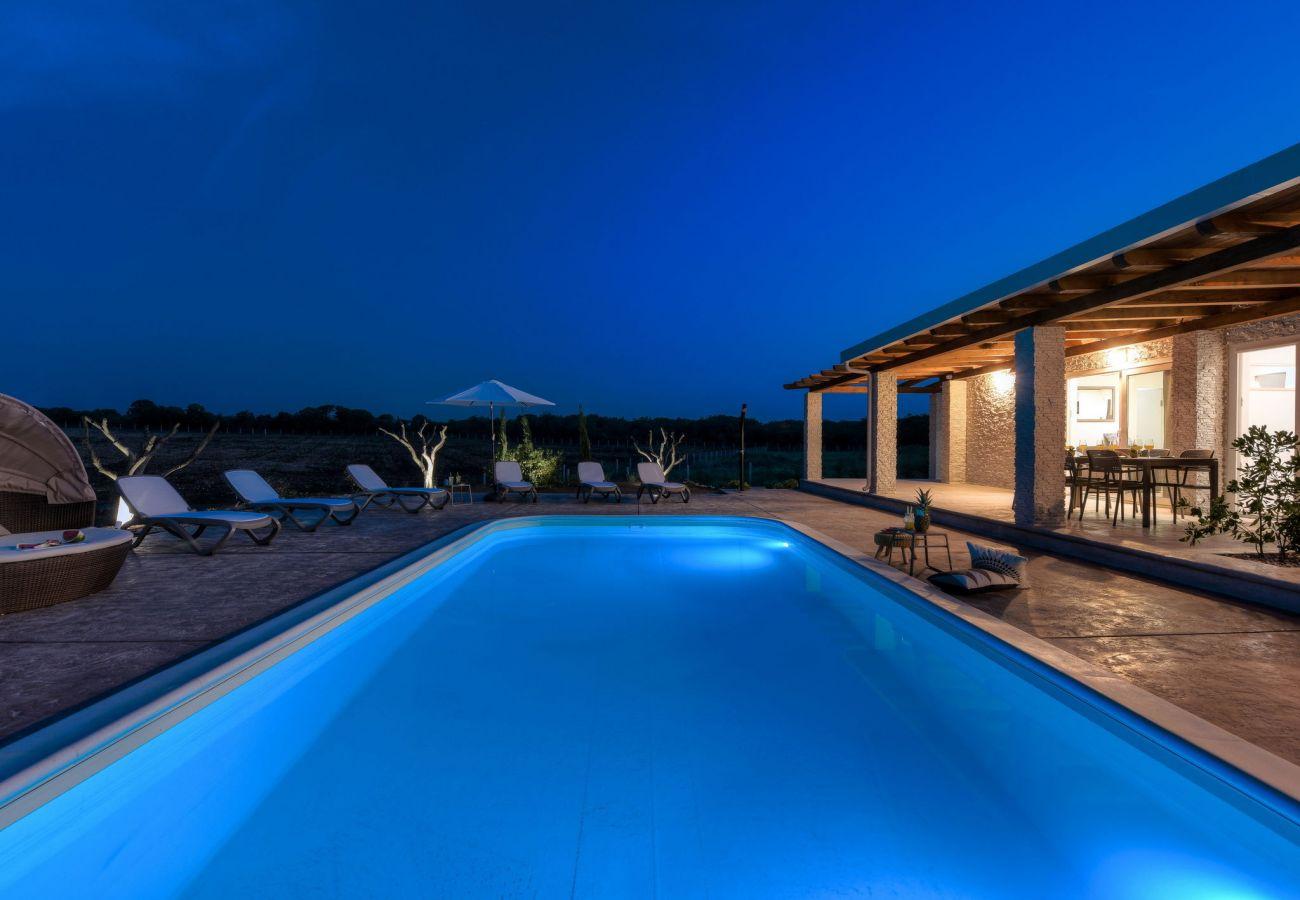 House in Poljica - Villa Almond