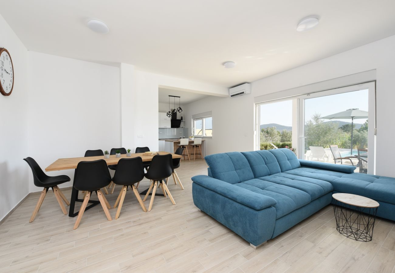 House in Galovac - Holiday home Anima