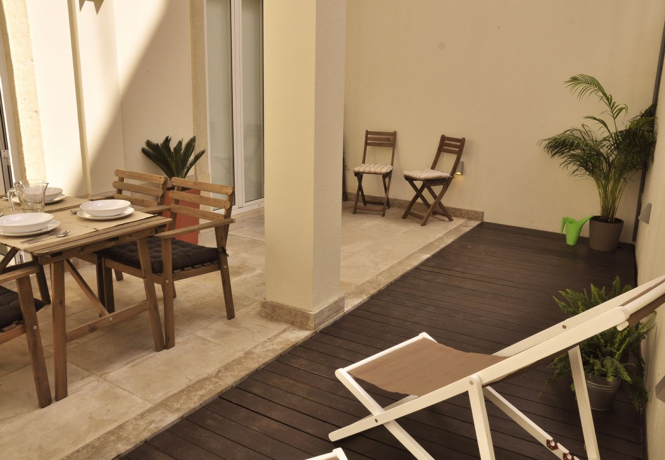 Appartement in Lisboa stad - Lapa Sunny Terrace