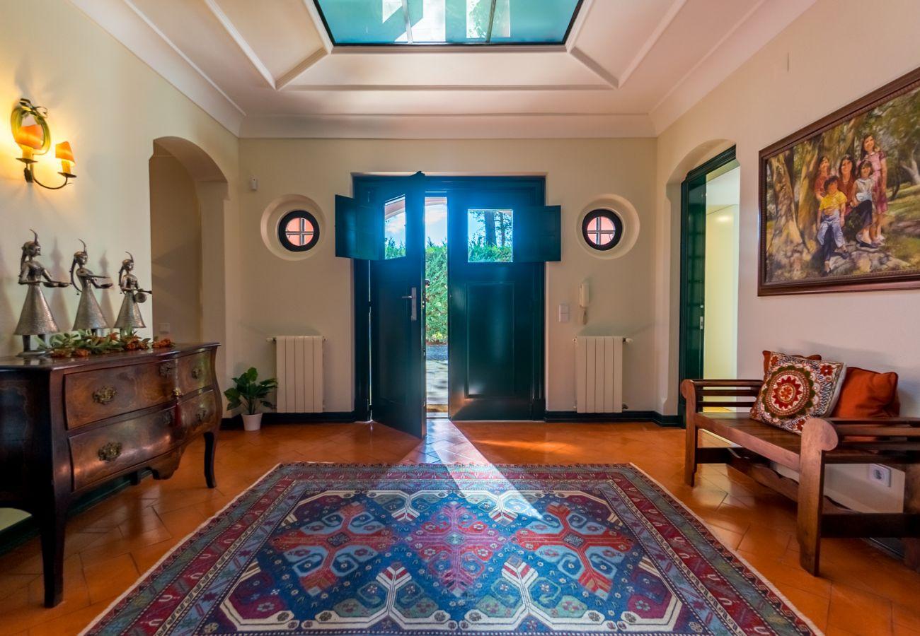 Villa in Sesimbra - Villa privada no condomínio de Golfe da Quinta do Peru com piscina e capacidade para 10pax