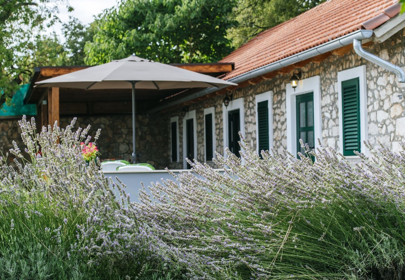 Huis in Kakma - Holiday home Momo