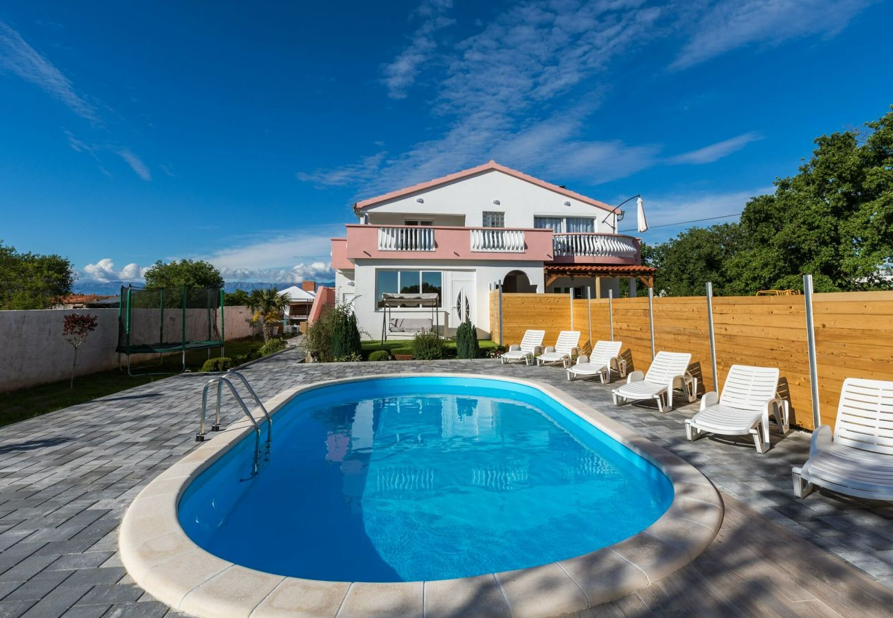 Villa in Galovac - Holiday home Maroko