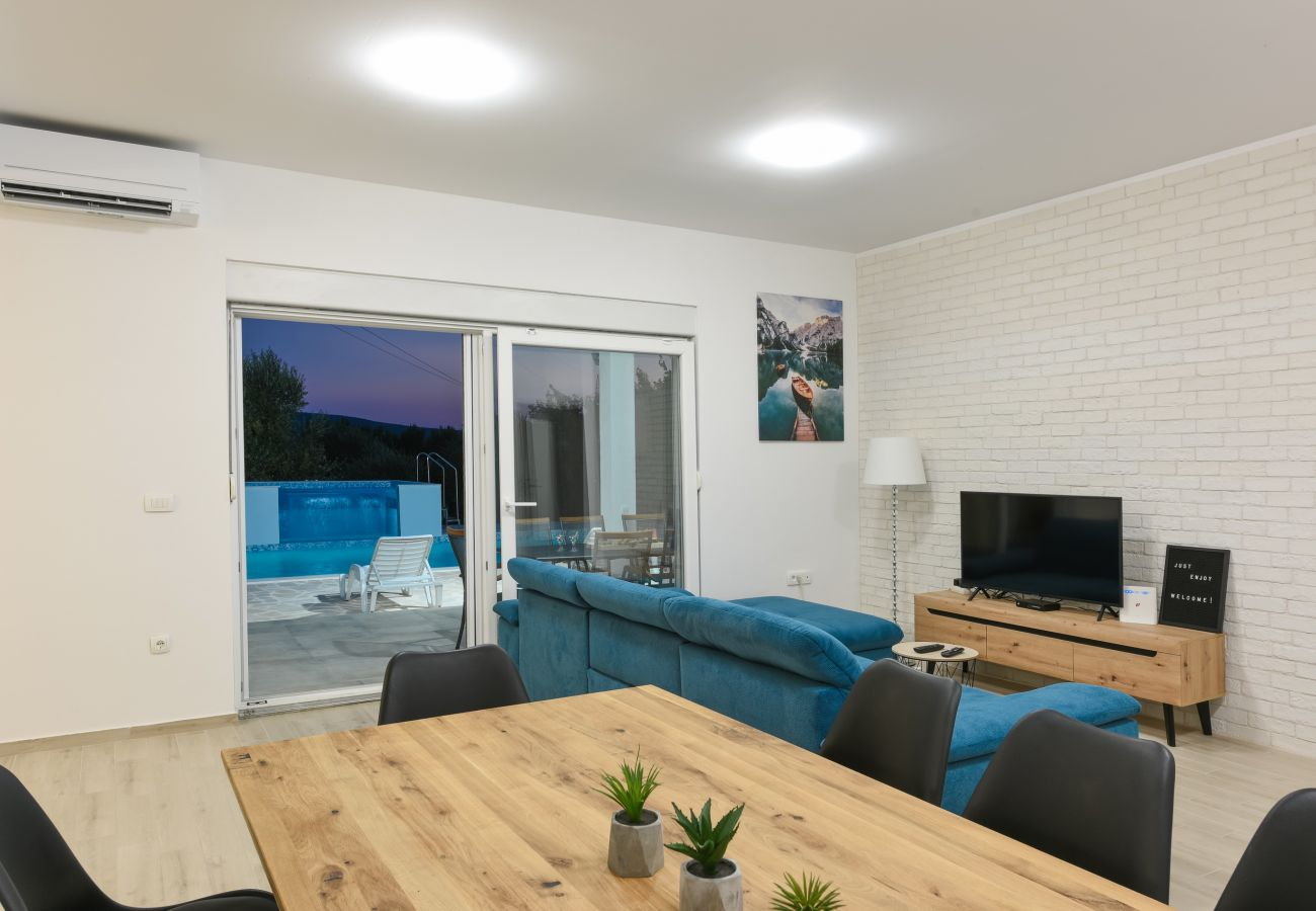 Huis in Galovac - Holiday home Anima