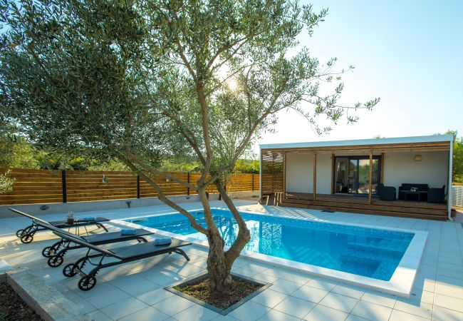 in Donje Raštane - Poolincluded Holiday Home Relax