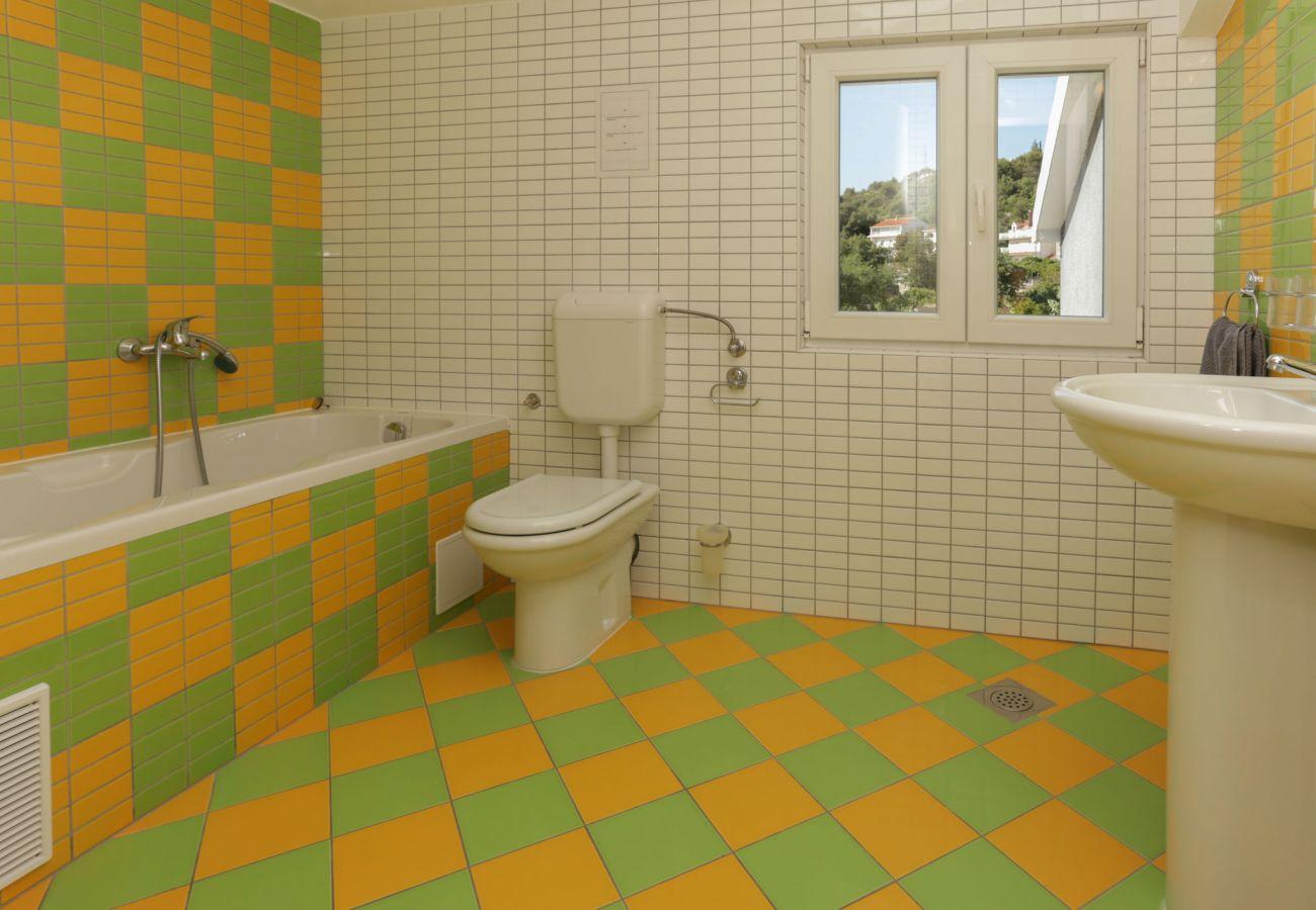 Huis in Poljica - Poolincluded Villa Blue Dolphin