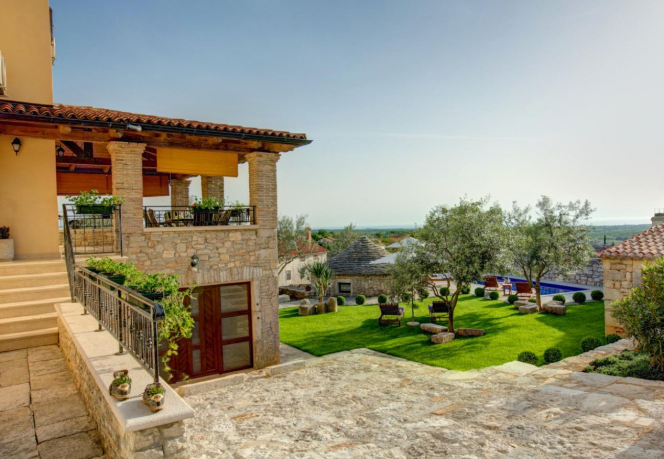 Huis in Višnjan - Poolincluded Villa Adriana